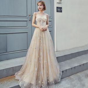 Moderne / Mode Champagne Robe De Bal 2019 Princesse Bretelles Spaghetti Sans Manches Étoile Appliques En Dentelle Longue Volants Dos Nu Robe De Ceremonie