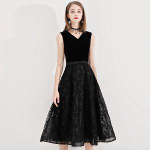 Schlicht Heimkehr Kurzes Schwarzes Kleid 2020 A Linie V-Ausschnitt Star Spitze Schleife Ärmellos Rückenfreies Wadenlang Abiballkleider