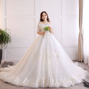 Luxury / Gorgeous White Plus Size Ball Gown Wedding Dresses 2019 Lace Tulle Appliques Backless Embroidered Handmade  Strapless Chapel Train Wedding