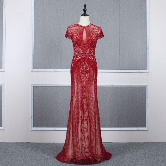 Luksusowe Czerwone Przezroczyste Sukienki Wieczorowe 2020 Syrena / Rozkloszowane Wysokiej Szyi Kótkie Rękawy Rhinestone Frezowanie Trenem Sweep Wzburzyć Sukienki Wizytowe