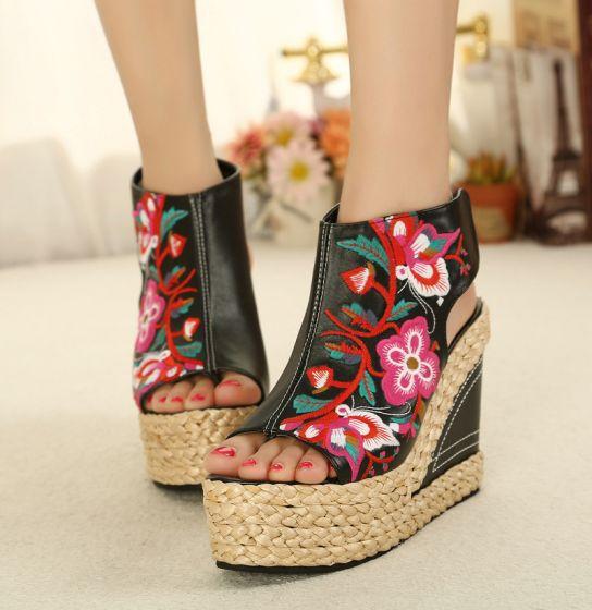 Mooie / Prachtige Zwarte Straatkleding Sandalen Dames 2020 Leer Vlecht Geborduurde 11 cm Sleehakken Peep Toe Sandalen