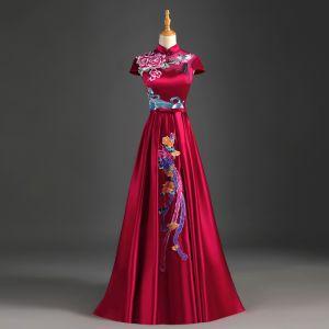 Style Chinois Bordeaux Robe De Soirée 2019 Princesse Col Haut Noeud Appliques En Dentelle Mancherons Dos Nu Longue Robe De Ceremonie