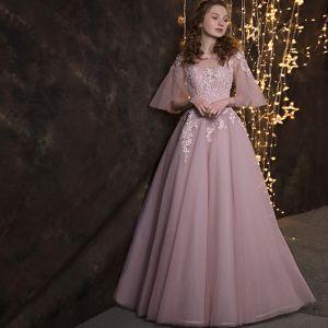 Snygga / Fina Rodnande Rosa Balklänningar 2018 Prinsessa Spets Appliqués Pärla Skärp Urringning Halterneck 3/4 ärm Långa Formella Klänningar