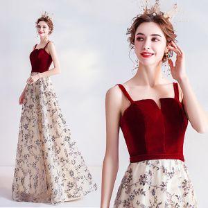 Encantador Borgoña Vestidos de noche 2020 A-Line / Princess Suede Spaghetti Straps Glitter Lentejuelas Sin Mangas Sin Espalda Largos Vestidos Formales