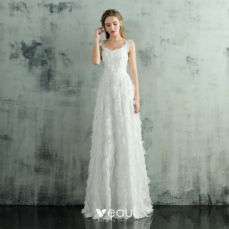 Chic Beautiful Beach White Wedding Dresses 2017 A Line Princess V Neck Sleeveless Strapless Appliques Lace Floor Length Long Ruffle Backless