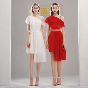 Schöne Chiffon Heimkehr Abiballkleider 2020 One-Shoulder Kurze Ärmel Stoffgürtel Asymmetrisch Rüschen Festliche Kleider
