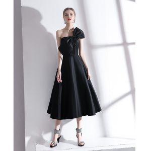 Modern / Fashion Black Homecoming Graduation Dresses 2020 A-Line / Princess Strapless Bow Sleeveless Backless Tea-length Formal Dresses