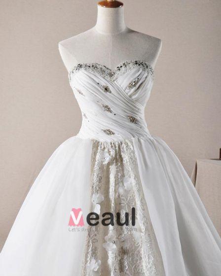 Elegante Rüschen Applique Schatz Tulle A linie Brautkleider