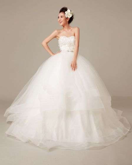 Solid Applique Beading Ruffles Sweetheart Organza Ball Gown Wedding Dress