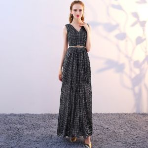 Affordable Black Evening Dresses  2018 A-Line / Princess V-Neck Sleeveless Beading Glitter Tulle Metal Sash Ankle Length Backless Formal Dresses