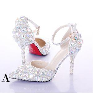 Unique Blanche Chaussure De Mariée 2017 PU Perlage Cristal Faux Diamant Chaussures Femmes