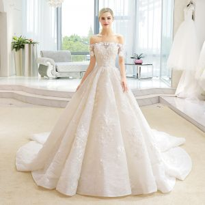 Luxury / Gorgeous Champagne Wedding Dresses 2018 Ball Gown Lace Flower Appliques Beading Sequins Off-The-Shoulder Backless Short Sleeve Cathedral Train Wedding