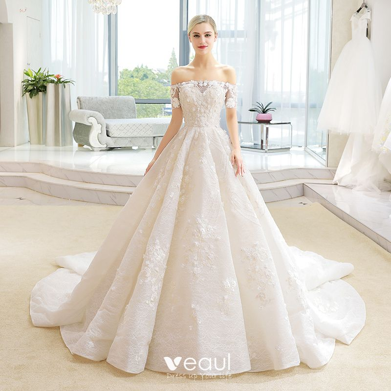 714c2703d93 Luxury   Gorgeous Champagne Wedding Dresses 2018 Ball Gown Lace Flower  Appliques Beading Sequins Off-The-Shoulder ...