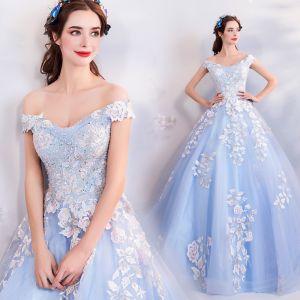 Chic / Belle Bleu Ciel Robe De Bal 2018 Princesse De l'épaule Manches Courtes Appliques En Dentelle Paillettes Perle Cristal Chapel Train Volants Dos Nu Robe De Ceremonie
