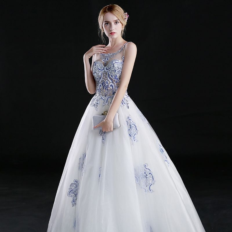 Chinese style A-Line / Princess Prom Dresses 2017 Scoop Neck Sleeveless Embroidered Flower Beading White Organza Formal Dresses