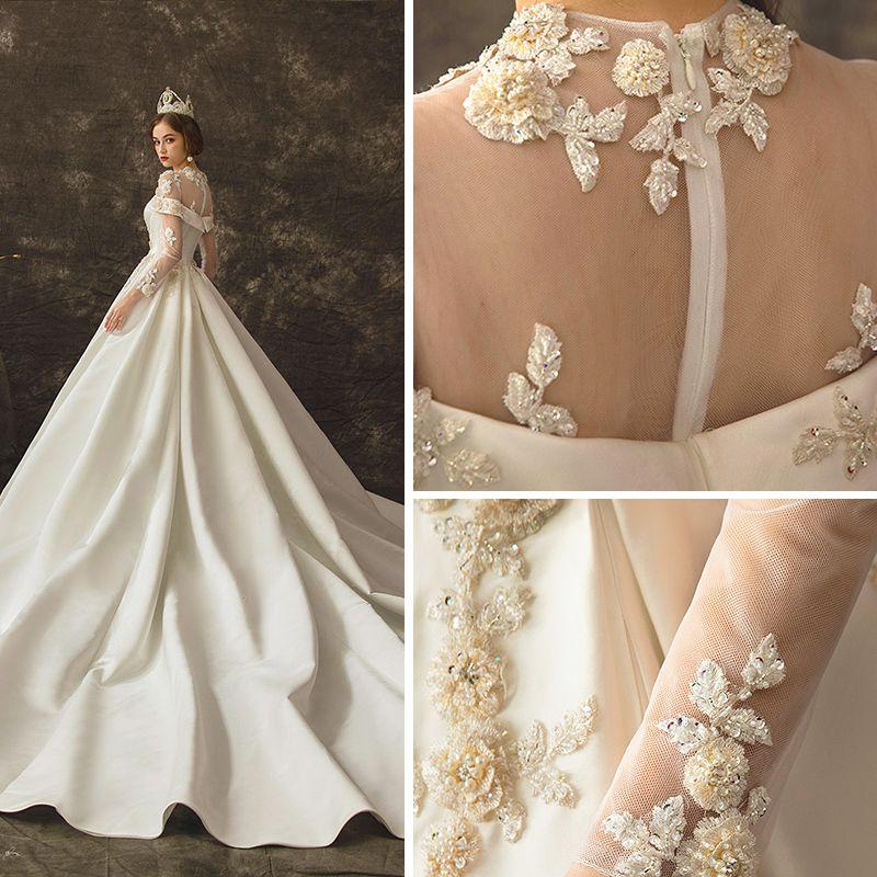 Vintage / Retro Ivory See-through Wedding Dresses 2019 A-Line / Princess Scoop Neck Long Sleeve Beading Chapel Train Ruffle