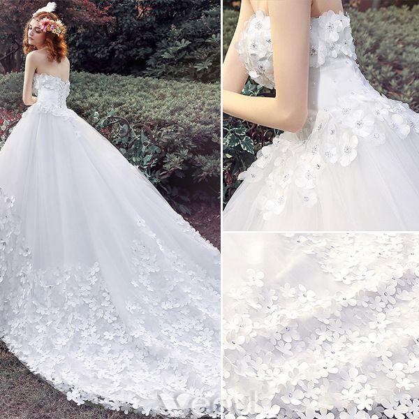Robe De Mariée Glamour 2016 Robe De Bal Bretelles Appliques Perles Tulle Blanc Robe De Mariée Avec Long Train