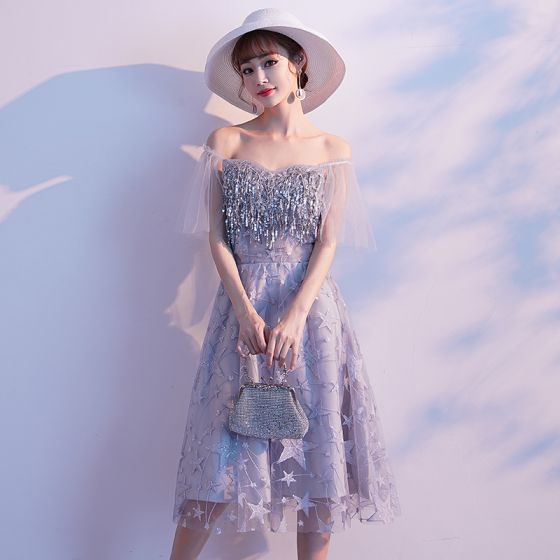 Charming Silver Party Dresses 2019 A-Line / Princess Off-The-Shoulder Star Lace Sequins T-Strap Short Sleeve Backless Knee-Length Formal Dresses