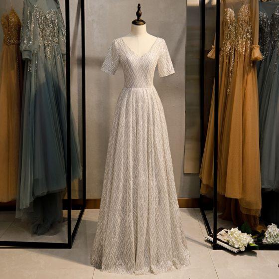 Glittrande Silver Grå Glittriga / Glitter Aftonklänningar 2020 Prinsessa V-Hals Paljetter Korta ärm Halterneck Långa Formella Klänningar