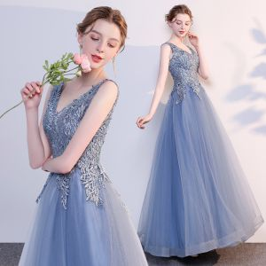 Chic / Beautiful Ocean Blue Evening Dresses  2018 A-Line / Princess Appliques Lace V-Neck Backless Sleeveless Floor-Length / Long Formal Dresses