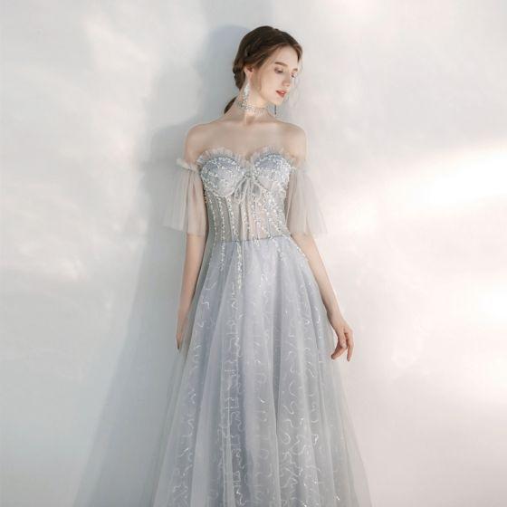 Illusion Silber Durchsichtige Abendkleider 2020 A Linie Off Shoulder Glockenhülsen Pailletten Perlenstickerei Lange Rüschen Rückenfreies Festliche Kleider
