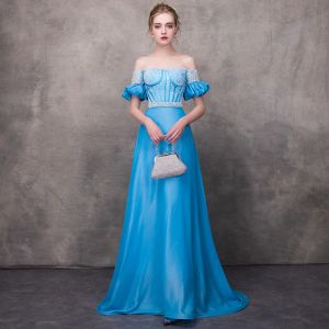 Hermoso Azul Vestidos de noche 2018 A-Line / Princess Fuera Del Hombro Manga Corta Apliques Con Encaje Perla Cinturón Chapel Train Ruffle Sin Espalda Vestidos Formales