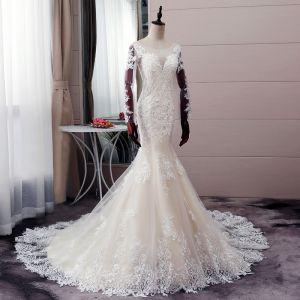 Sexy Champagner Brautkleider / Hochzeitskleider 2019 Meerjungfrau Rundhalsausschnitt Pailletten Perle Spitze Blumen Lange Ärmel Rückenfreies Hof-Schleppe