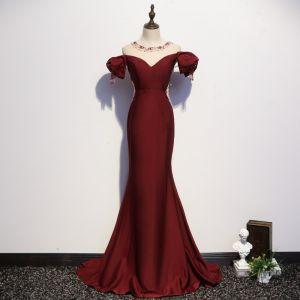 Chic / Beautiful Burgundy Evening Dresses  2020 Trumpet / Mermaid Scoop Neck Beading Tassel Crystal Rhinestone Short Sleeve Backless Sweep Train Formal Dresses