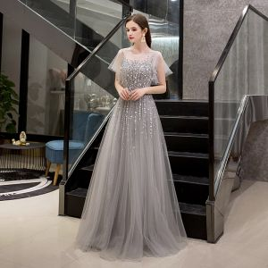 Luxus / Herrlich Grau Durchsichtige Abendkleider 2019 A Linie Eckiger Ausschnitt Kurze Ärmel Pailletten Perlenstickerei Lange Rüschen Festliche Kleider