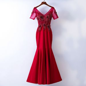 Chic / Beautiful Red Evening Dresses  2017 Trumpet / Mermaid Lace Flower Beading Sequins V-Neck Backless Short Sleeve Ankle Length Evening Party