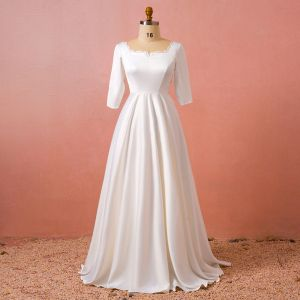 Modest / Simple White Plus Size Wedding 2018 A-Line / Princess Long Sleeve U-Neck Charmeuse Lace-up Backless Wedding Dresses