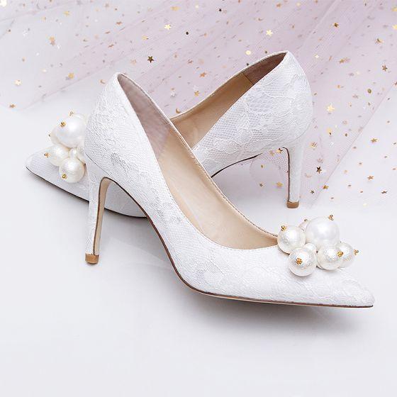 Sjarmerende Hvit Brudesko 2019 Lær Blonder Perle 9 cm Stiletthæler Spisse Bryllup Pumps