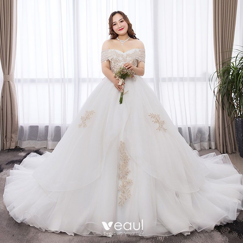 Chic / Beautiful White Ball Gown Plus Size Wedding Dresses 2019 Lace Tulle  Appliques Backless Rhinestone Strapless Chapel Train Wedding
