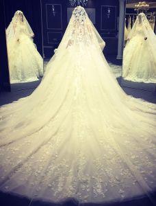 Robe De Mariée De Luxe 2016 Robe De Bal Bretelles Appliques Fleurs En Dentelle Robe De Mariée Main Pure À Voile 4m