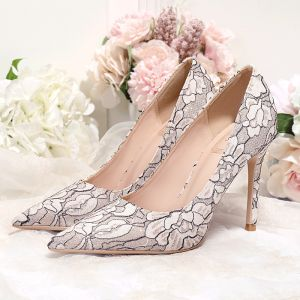 Sparkly Nude Lace Embroidered Wedding Shoes 2020 Glitter Sequins 10 cm Stiletto Heels Pointed Toe Wedding Pumps