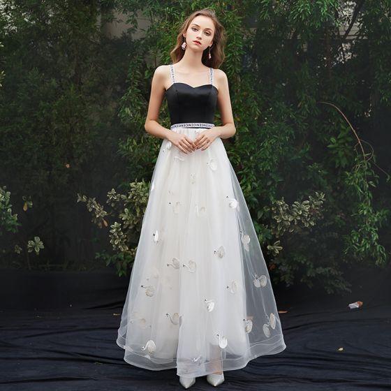 Stylowe / Modne Białe Sukienki Wieczorowe 2019 Princessa Spaghetti Pasy Bez Rękawów Bez Pleców Aplikacje Długie Sukienki Wizytowe