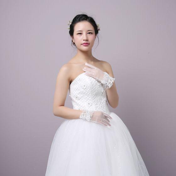 Klassisk Elegant Hvit Bryllup 2018 Tyll Snøre opp Beading Krystall Brudehansker