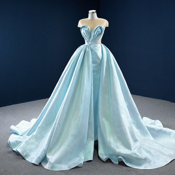 Stunning Mint Green Satin See-through Prom Dresses 2020 Ball Gown Scoop Neck Sleeveless Backless Heart-shaped Court Train Ruffle Formal Dresses