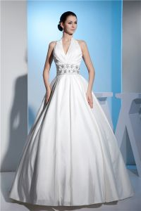 Vintage Ball Gown Wedding Dress Floor Length White Bridal Gown With Crystal