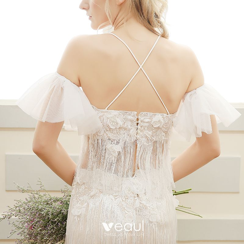 Chic / Beautiful Beach Wedding Dresses 2017 White Sheath / Fit Floor-Length / Long Spaghetti Straps Sleeveless Backless Tassel Lace Appliques Pearl