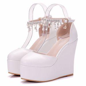 Moderne / Mode Blanche Désinvolte Chaussures Femmes 2018 Perle Faux Diamant Gland Plateforme 11 cm Compensées À Bout Rond