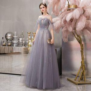 Elegante Grau Durchsichtige Abendkleider 2019 A Linie Kurze Ärmel Rundhalsausschnitt Perlenstickerei Glanz Tülle Lange Rüschen Rückenfreies Festliche Kleider