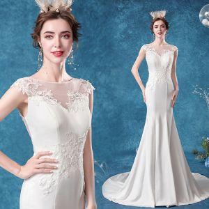 Erschwinglich Ivory / Creme Brautkleider / Hochzeitskleider A Linie 2020 Rundhalsausschnitt Spitze Blumen Ärmellos Sweep / Pinsel Zug