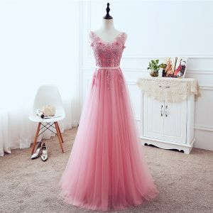 Chic / Beautiful Candy Pink Evening Dresses  2018 A-Line / Princess V-Neck Sleeveless Appliques Lace Pearl Sequins Sash Floor-Length / Long Ruffle Backless Formal Dresses