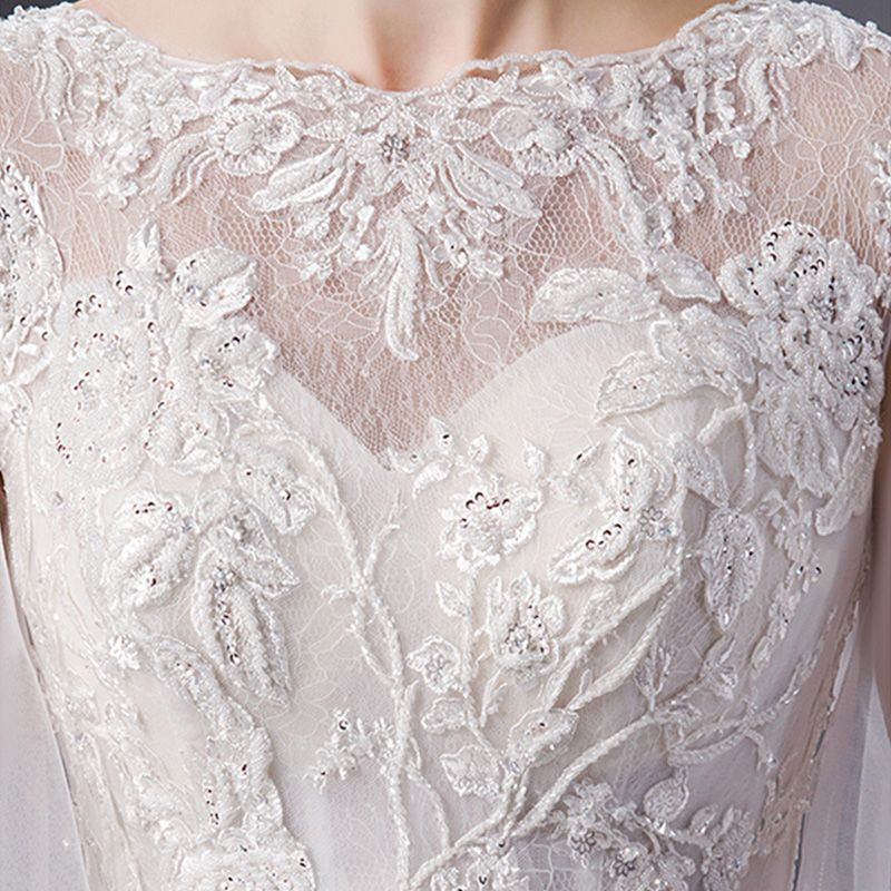 Best Ivory See-through Wedding Dresses 2019 Empire Square Neckline Bell sleeves Backless Appliques Lace Sequins Beading Chapel Train Ruffle
