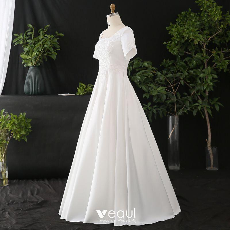Modest Simple White Plus Size Wedding Dresses 2020 A Line Princess Solid Color U Neck Short
