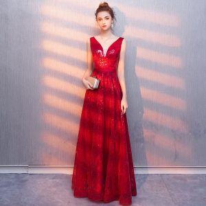 Charmant Bordeaux Robe De Soirée 2019 Princesse V-Cou Paillettes Ceinture Sans Manches Dos Nu Longue Robe De Ceremonie