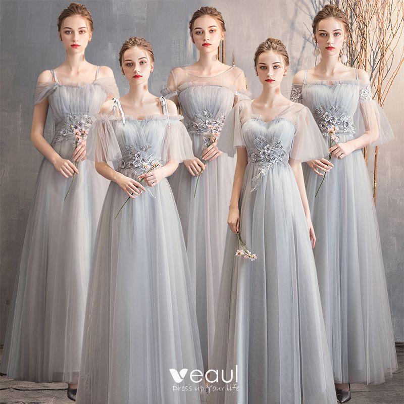 Asequible Gris Vestidos De Damas De Honor 2019 A Line Princess Apliques Con Encaje Perla Largos Ruffle Sin Espalda Vestidos Para Bodas