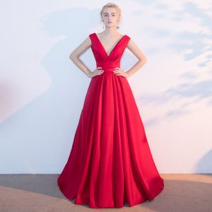 Chic / Beautiful Red Evening Dresses  2017 A-Line / Princess V-Neck Crossed Straps Backless Sleeveless Floor-Length / Long Evening Party