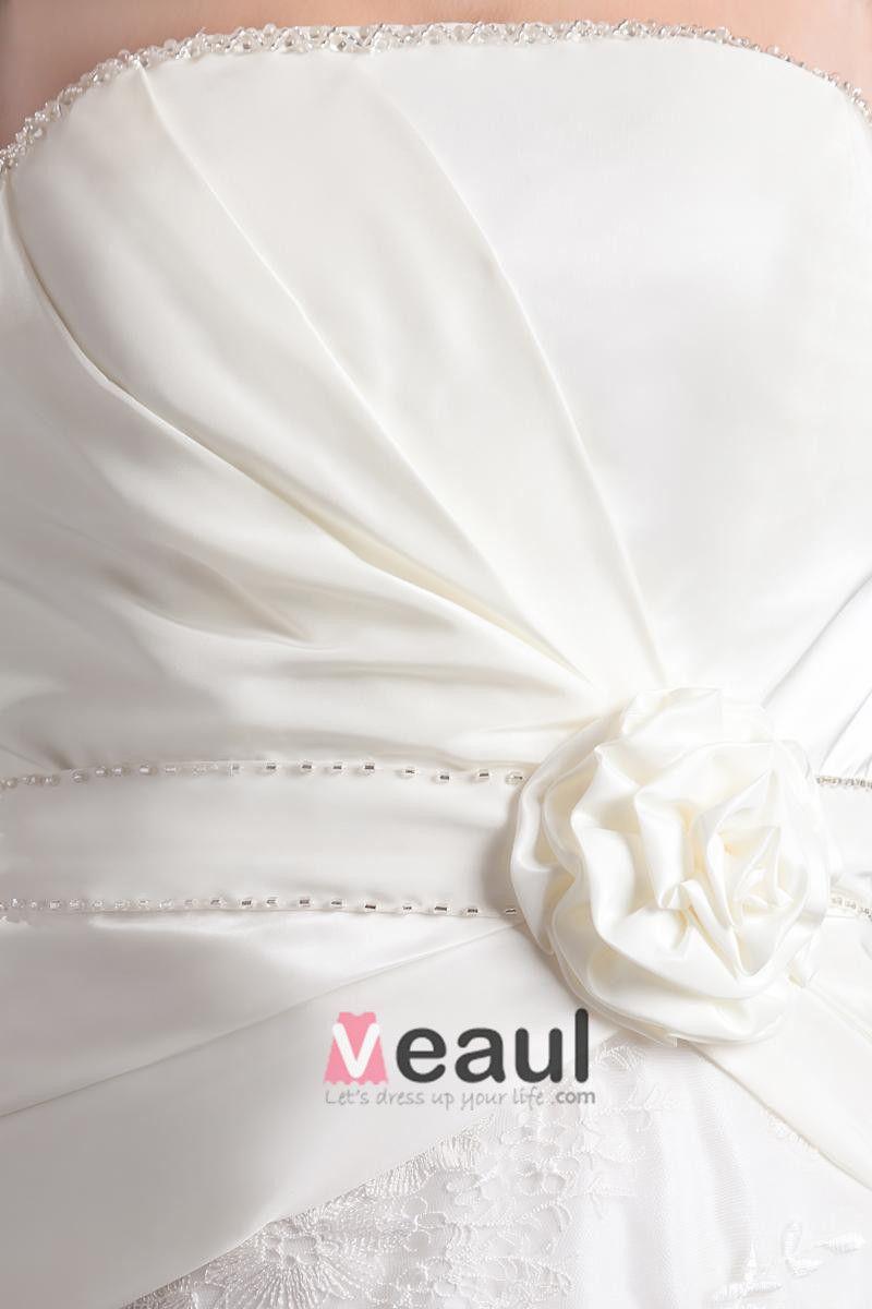 Fashion Satin Lace Pleated Flower Strapless Thigh Length Mini Wedding Dress